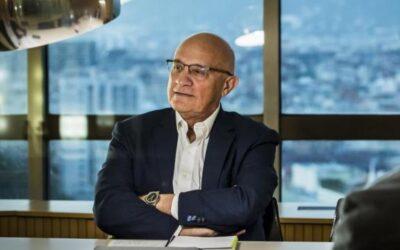 """ENTREVISTA Josep Oliu: """"Cada día que pasa parece que la recuperación será más rápida"""""""